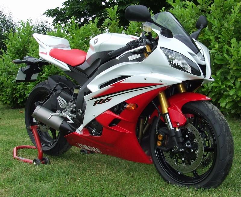 yamaha modern motorcycle motorcycles