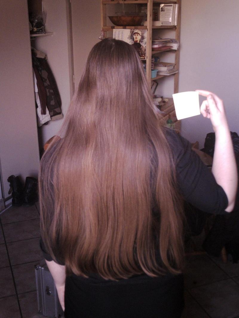 cheveux très longs