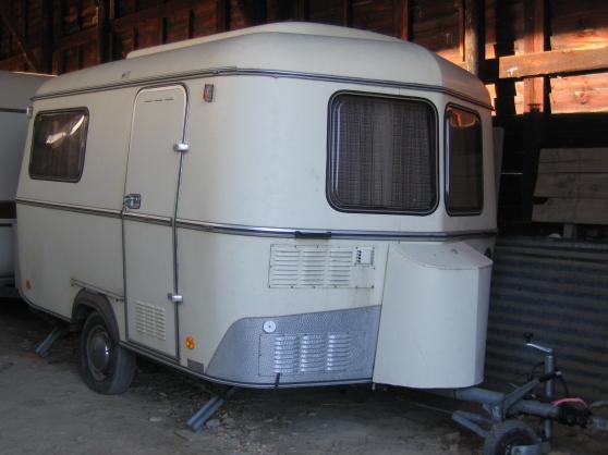 cote caravane occasion eriba. Black Bedroom Furniture Sets. Home Design Ideas