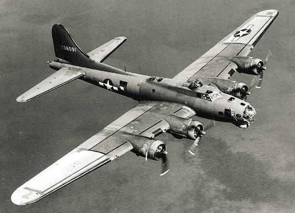 Avions de la seconde guerre mondiale page 9 vid os et - Porte avion japonais seconde guerre mondiale ...