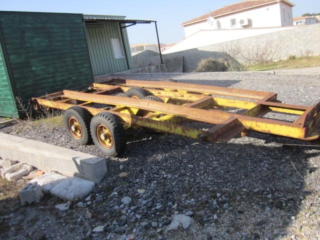 Vend porte char agricole 10 tonnes le moine for Porte agricole