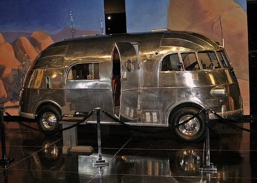 camping car americain vintage