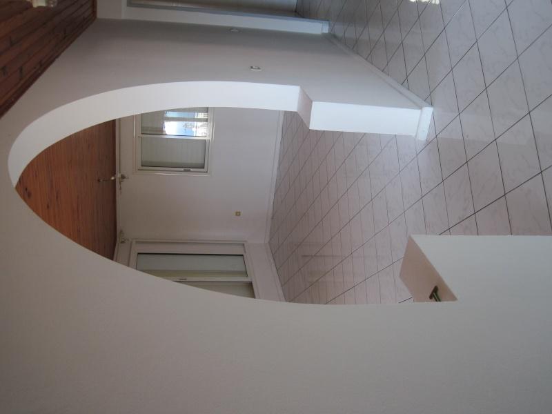 conseil couleur peinture ou papier peint imitation pierre pour mon salon et couloir. Black Bedroom Furniture Sets. Home Design Ideas